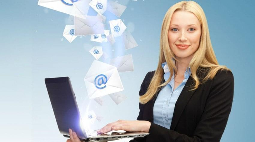 The 6 CRM Features Essential to Email Marketing Campaigns