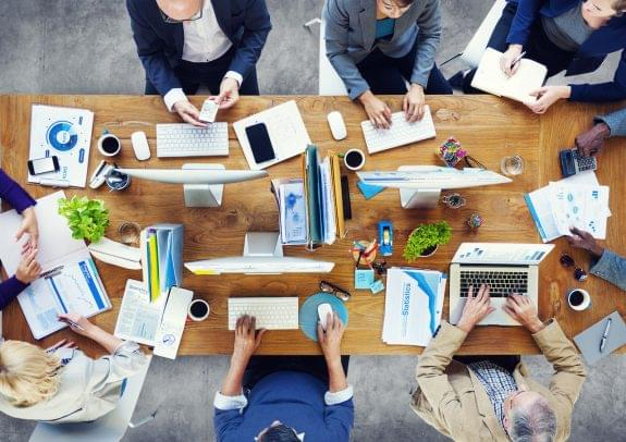 The Importance of Visual Collaboration: Weighing the Pros and Cons