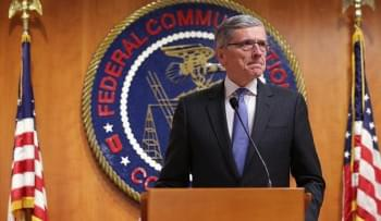 Amid Fierce Mobile Competition, FCC Will Auction Wireless Spectrum